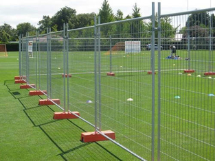 Orange Customized Temporary Fence Panels For Environmental Protection Areas